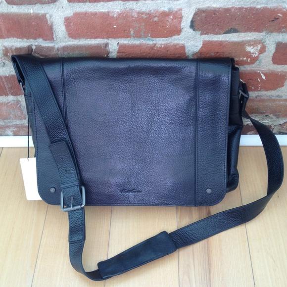 ba1b5521c069 Men's Kenneth Cole black leather messenger bag NWT