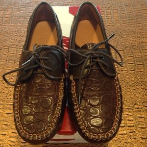 Venettini Other - Venettini brown laced moccasins size 34 NIB