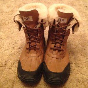 93241fc227d Ugg Adirondack II waterproof boot with box