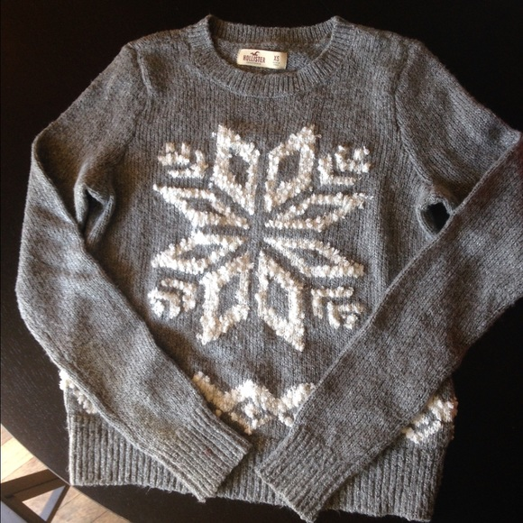 Hollister Sweaters - Hollister Snowflake Sweater. 951d3acf1