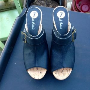 Michael Antonio wedge sandals size 7