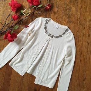 💕SALE💕BR JEWELED IVORY OPEN SWEATER
