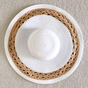ModCloth Accessories - Magid Hats ModCloth white tan straw hat