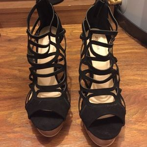Size 9 wedges from Justfab.