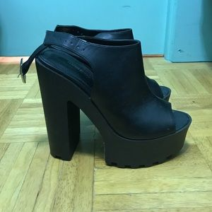 Size 6 Black Chunky Heels (Forever 21)