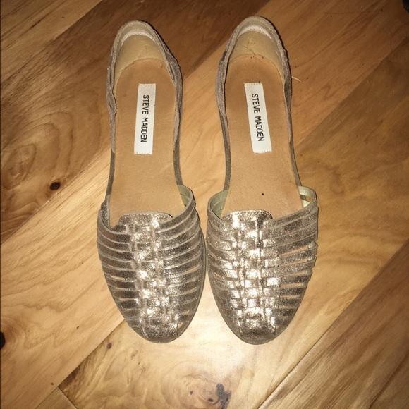 f0bf9152db3b Steve Madden Hillarie Huarache Slip Ons size 7. M 581164e4620ff7335b008971.  Other Shoes you may like. Women s shoes