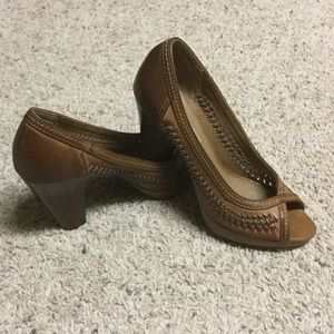 American Eagle by Payless Shoes - American Eagle brown weaved heels