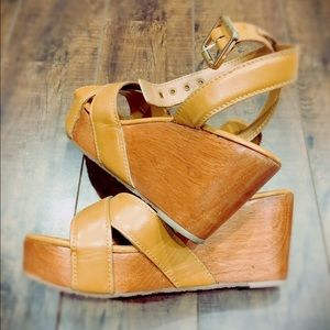 8a9f3646ca1 Tory Burch Shoes - TORY BURCH Almita Mid Wedge Sandal Natural Leather