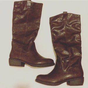 Qupid Shoes - Brown riding boots - GREAT condition