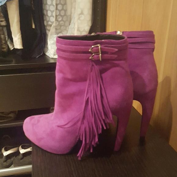 1b7a52cb0f2bfb Purple suede Fringe ankle booties Sam Edelman. M 581190ce5c12f89882002e67