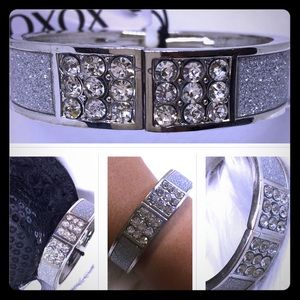 "XOXO Jewelry - 🎈7"" XOXO Silver Crystal Bangle Bracelet [JW-73]"