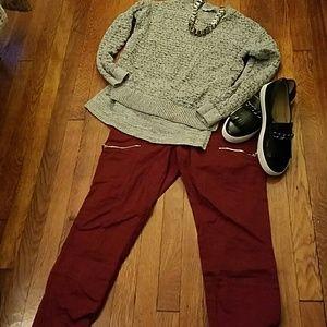 THE LOFT perfecrly seasonal grey sweater