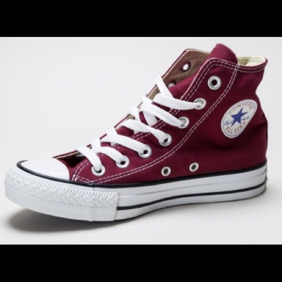 3c5834b0304799 Converse Shoes - Unisex Maroon authentic Converse size 8 women