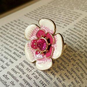 NWOT Authentic Betsey Johnson Flower Ring