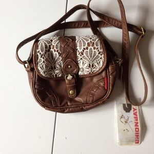 UNIONBAY Handbags - NWT Brown Faux Leather Lace Detail Crossbody Bag