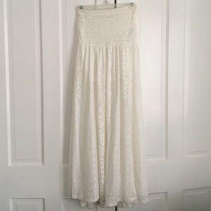 Flowy Boho White lace skirt
