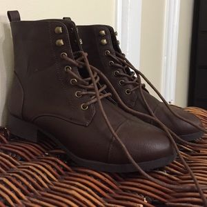 Brown Booties from forever 21 size 6
