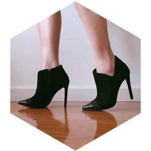 Shoemint suede boots in black- 6.5