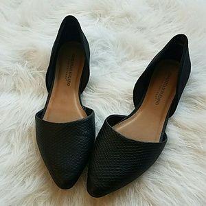 Christian Siriano Shoes - Black pointy toe flats