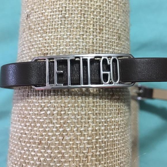Origami Owl Leather Wrap Bracelet Review | Party Plan Divas | 580x580