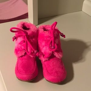 Jelly Beans Other - Cute pink toddler boots!!