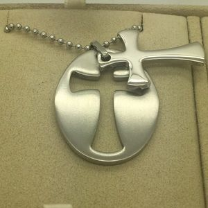 Other - Men's two piece  removable cross pendent