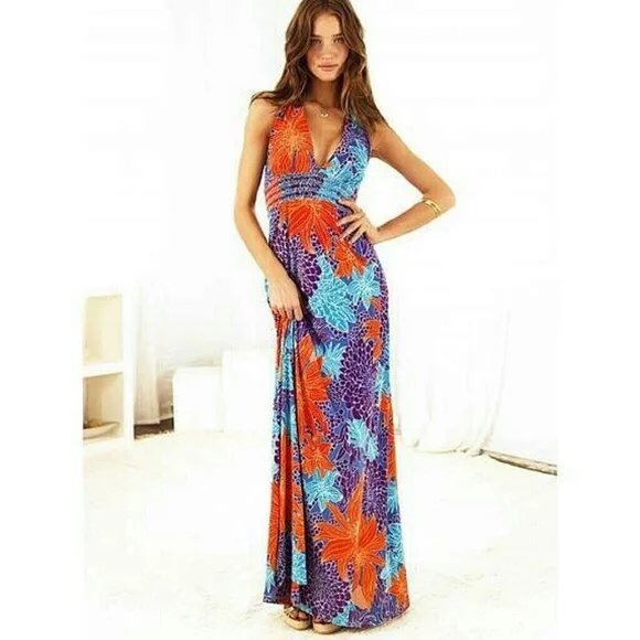 716bbdcbee Victoria s Secret Sexy Tropical Halter Maxi Dress.  M 58127103ea3f36833b014572