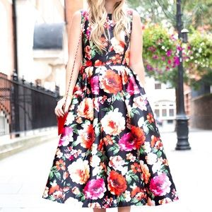 Chicwish Dresses & Skirts - Chiwish Midi Floral Dress
