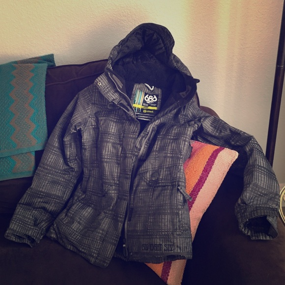 686 Womens Snowboarding Jacket