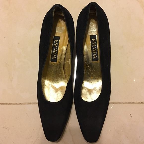 8ab2eceb8e700 Escada vintage shoes size 7AA