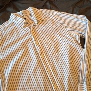 GAP Other - GAP Classic Fit Pinstripe Button-down