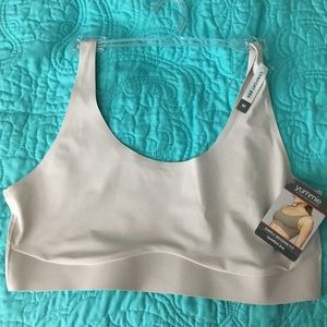 Yummie by Heather Thomson Other - NWT Yummie Comfort Bra M