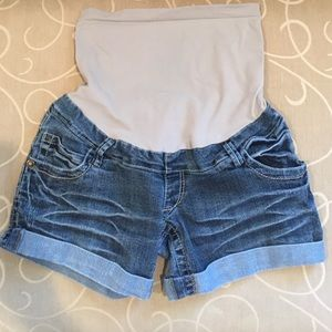 Pants - Maternity Jean Shorts Small