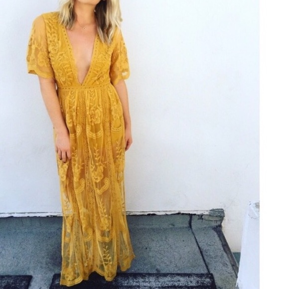 93ce701b6ac4 HONEY PUNCH Chloe yellow lace maxi boho dress