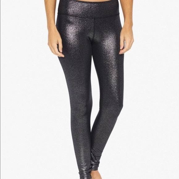 11294affee586 Beyond Yoga Pants - Beyond Yoga Blk&Silver Glitter Leggings szSM