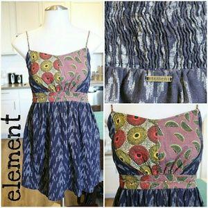 Element Dresses & Skirts - 🎉HP🎉Hawaiian dress with cute duel print