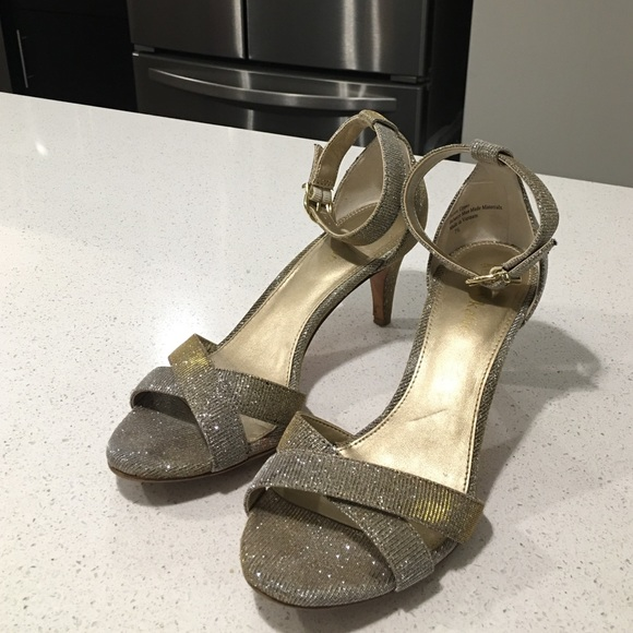 worn once, Kelly Katie gold silver heels