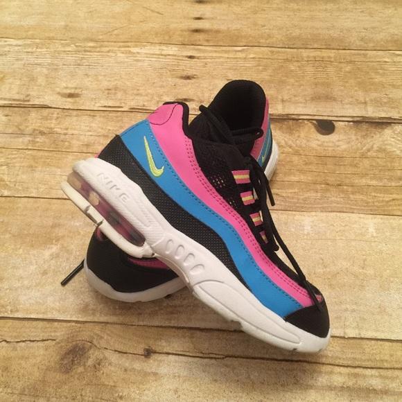 8f762245e3 Nike Air Max 95 Girls Black Pink White Blue. M_5812a8bd620ff78e6301cf0f