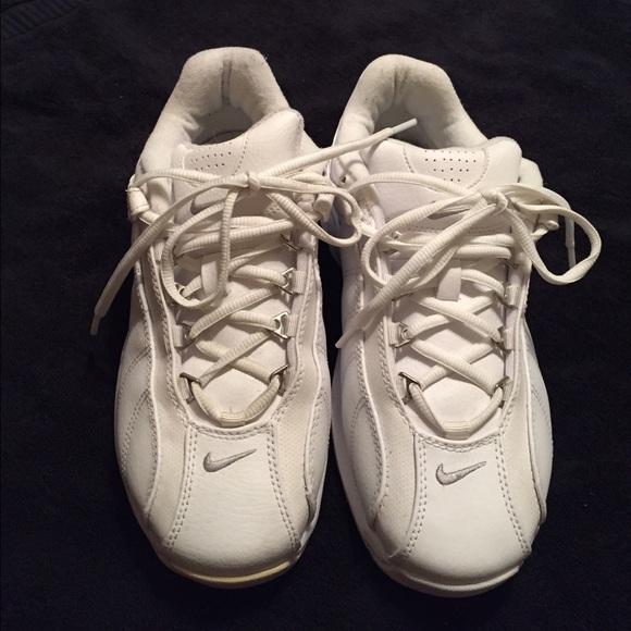 Mens Nike VXT tennis shoes