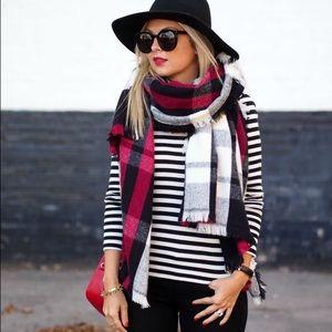 $18 3/4 sleeve stripe shirt black white