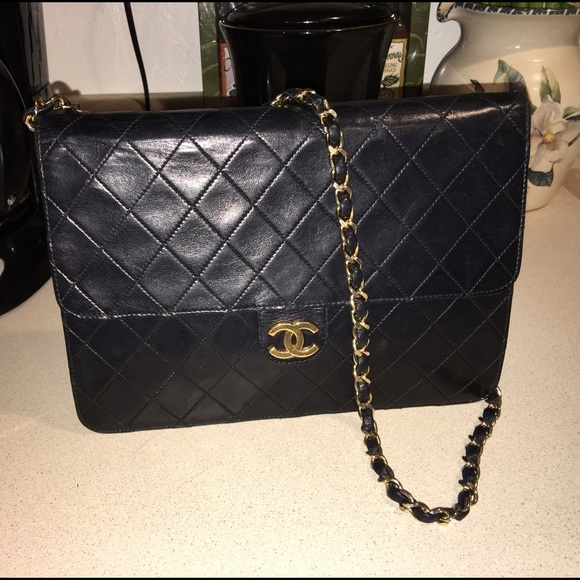 CHANEL Handbags - SaleAuth CHANEL CC Matelasse quilted black leather ebc41528c6a