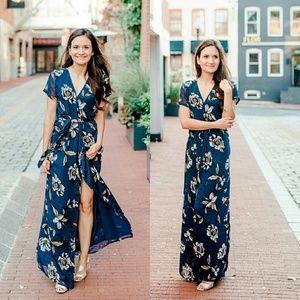 vici collection Dresses & Skirts - Bettina Maxi