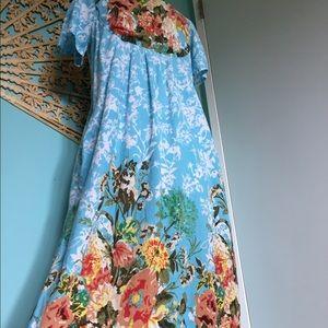 Beautiful Vintage Floral Boho Beach house dress