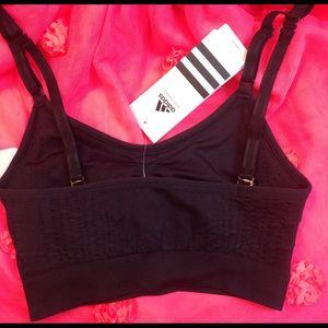 Adidas Intimates & sleepwear NWT luz de Apoyo de sujetador deportivo poshmark