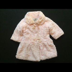 Widgeon light pink faux fur coat