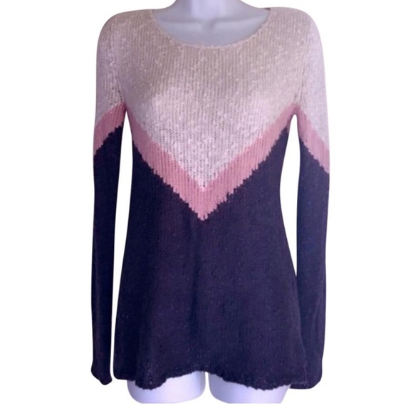 Pink Rose - 🚫SOLD {Pink Rose} Sweater from Anastasia's closet on ...