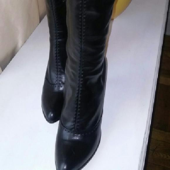 8f9a73ab3708 Tall Louis Vuitton boots