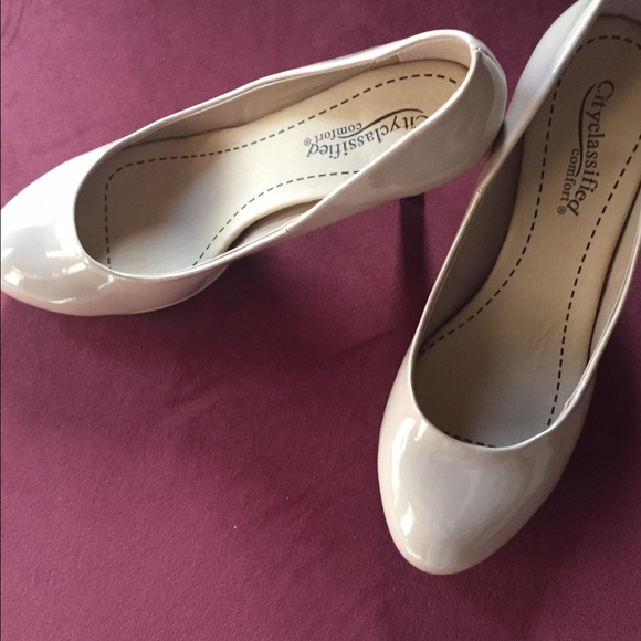 3850f6ccfa Shoes | Nude Pumps With 3 12 Inch Heels | Poshmark
