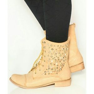 Shoes - Studded Combat Boots - Camel