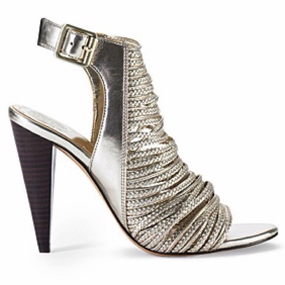 32 Off Vince Camuto Shoes Vince Camuto Gold Heels From